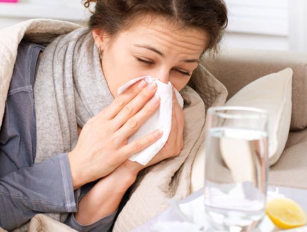 Количество воронежцев, заболевших гриппом и ОРВИ, резко выросло