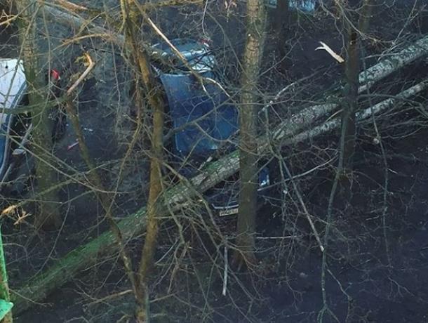 Стало известно, сколько машин повредила непогода в Воронеже