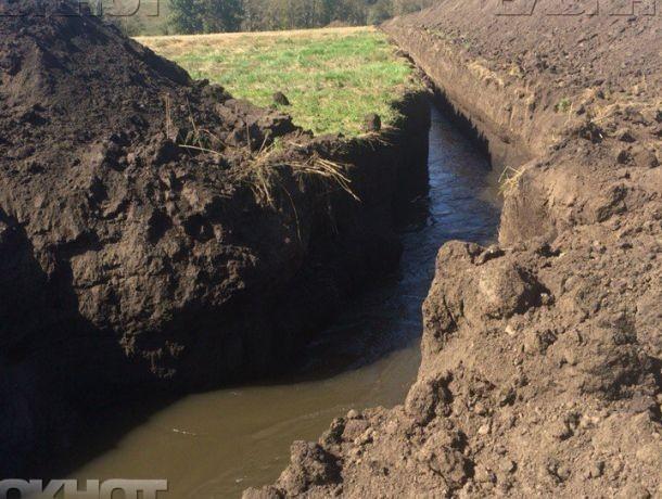 СКпросит помощи впоимке виновных впопытке осушения озера вВоронеже