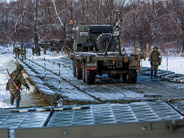 Военные провели противопаводковую тренировку в Воронежской области