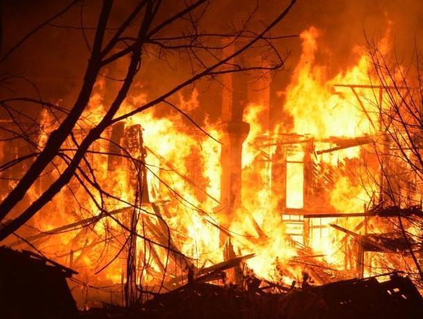 В Воронеже 5-летний ребенок и мужчина погибли в пожаре
