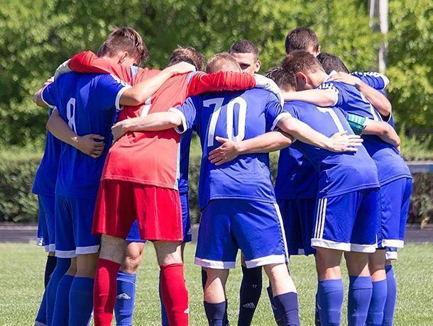 Молодежная команда воронежского «Факела» смогла победить после 19 поражений