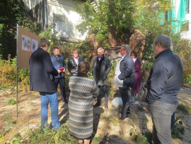 В центре Воронежа вместо аварийного дома соорудят сквер
