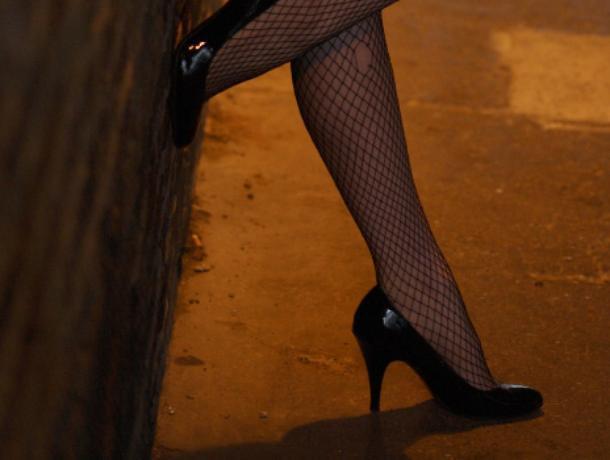 ВСаратове полицейские словили проститутку изВоронежа