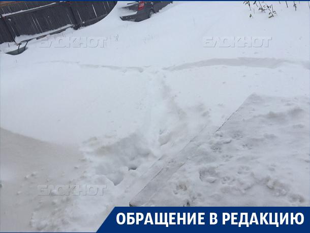 Воронежцы жалобами заставляют коммунальщиков убирать снег