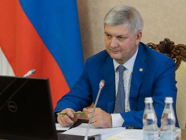 Александр Гусев стал губернатором с равнодушным Воронежем