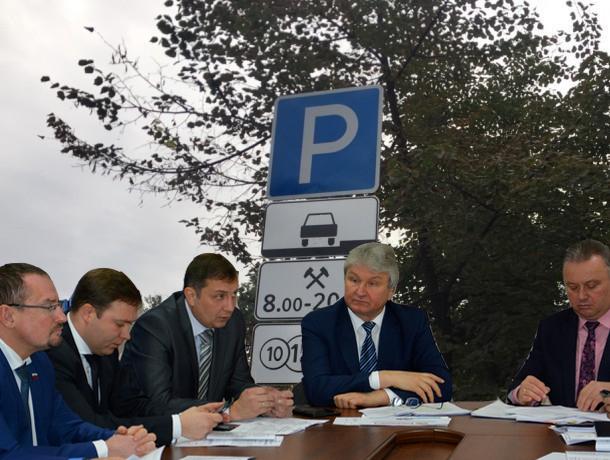 Воронежские депутаты собирались сделать платные парковки дешево и сердито