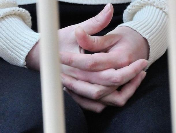 Сотрудницу детского сада могут арестовать в Воронеже