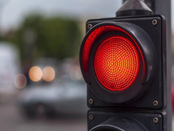 В Воронеже «умный светофор» отомстил водителям за шутки