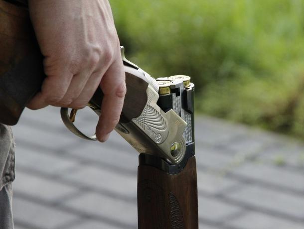 В Воронежской области мужчина застрелил из ружья нового ухажера бывшей