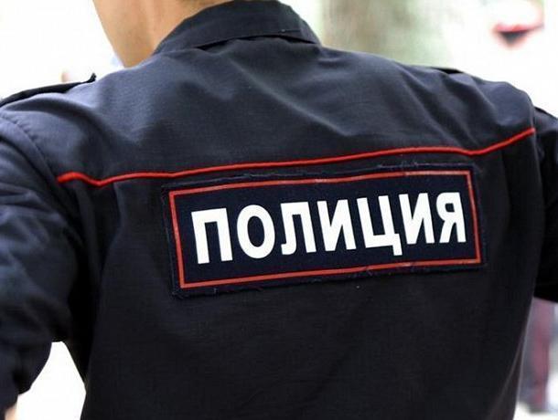 Полицейские помогли воронежцу спасти жизнь жены