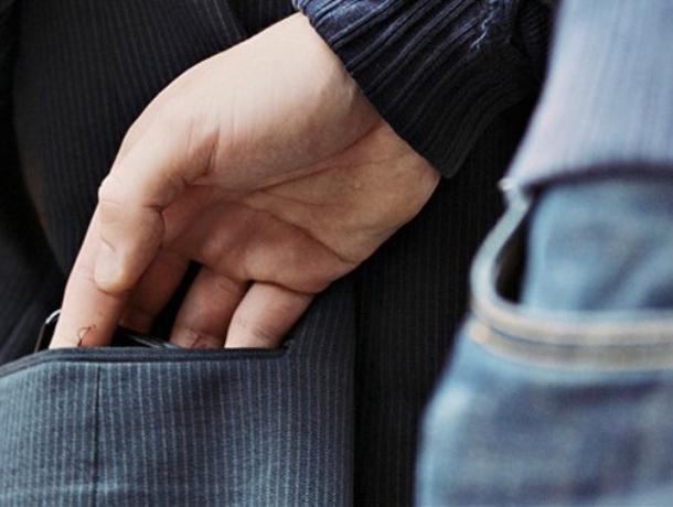 Воронежцев предупредили об автобусных карманниках на популярном маршруте