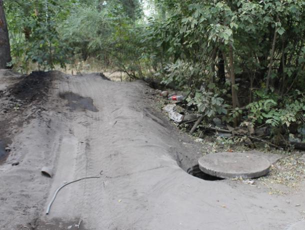 В Воронеже ассенизаторские машины сливают в канализацию неизвестные отходы