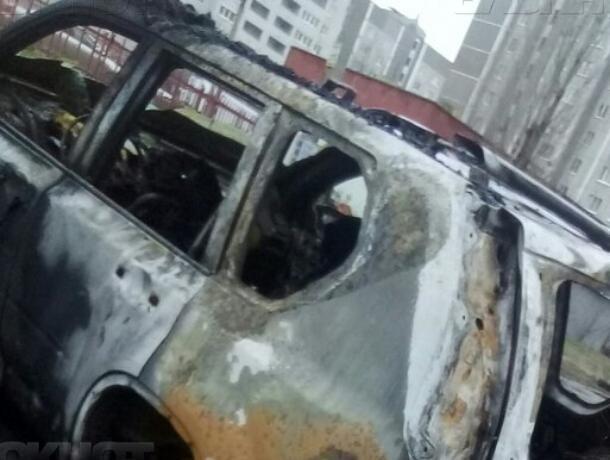 В Воронеже массовые поджоги автомобилей обернулись уголовными делами