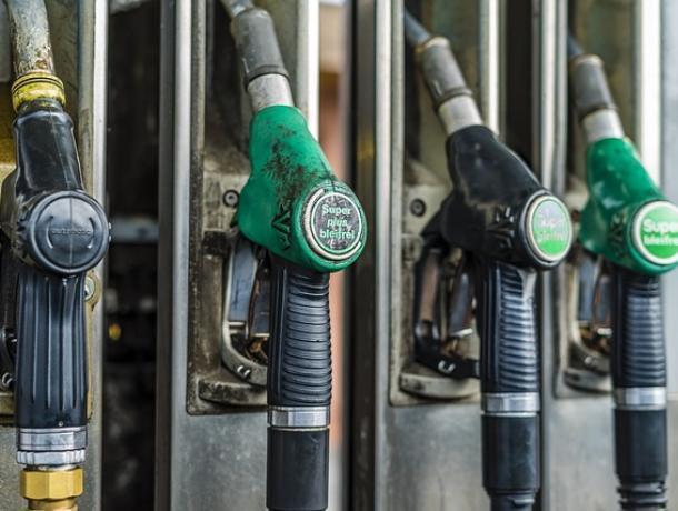 Под Воронежем поймали воров 50 литров бензина