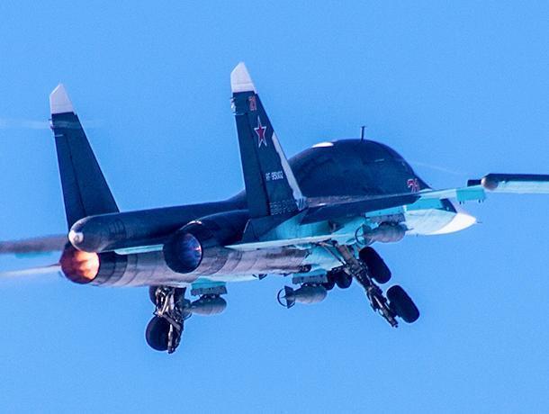 Воронежские военные пролетели более 500 км на бомбардировщиках СУ-34
