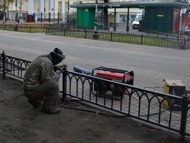 Увокзала «Воронеж-1» начали благоустраивать сквер