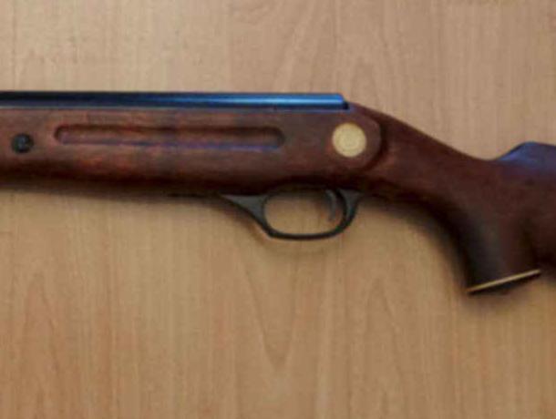 13-летняя девочка случайно прострелила себе нёбо вВоронежской области