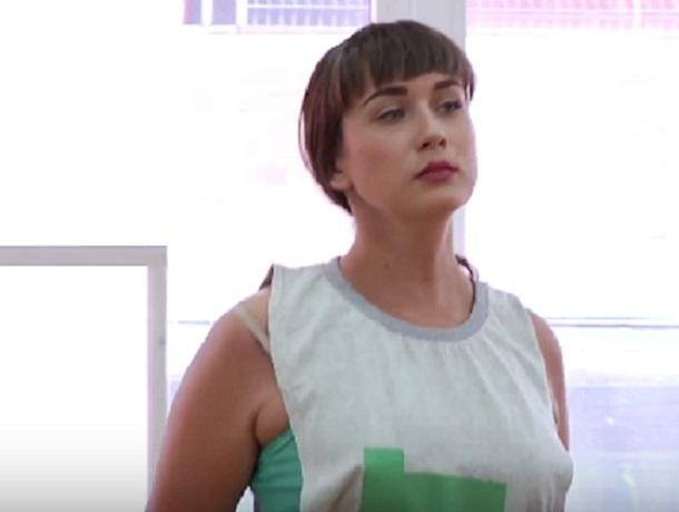 Мечтающая отдохнуть на призовые Виктория Беляева в конкурсе «Мисс Блокнот Воронеж-2018»