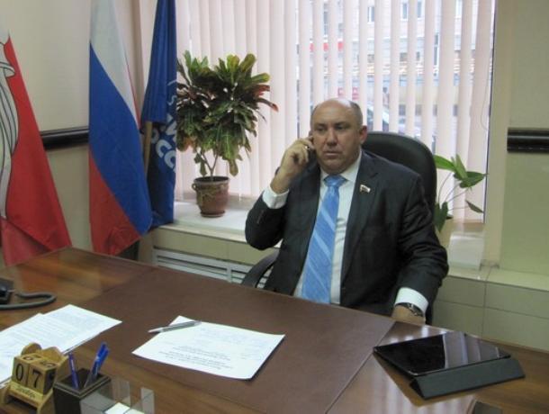 Неизвестные в масках пытали утюгом воронежского депутата Рыбенко