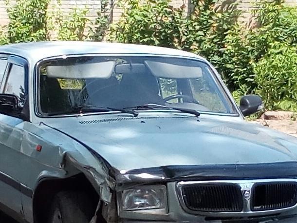 Ценами на бензин объяснили брошенные на улицах Воронежа машины