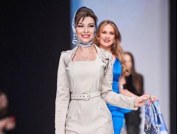 На Московской неделе моды показали платки с воронежскими памятниками