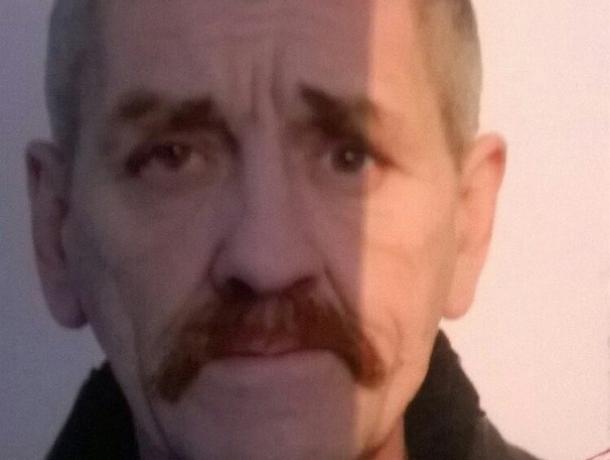 В Воронеже разыскивают мужчину с татуировкой