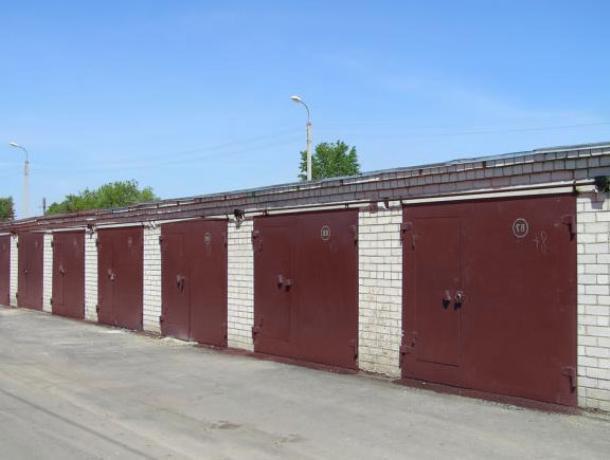 В Воронеже гаражи стали популярнее, чем парковки