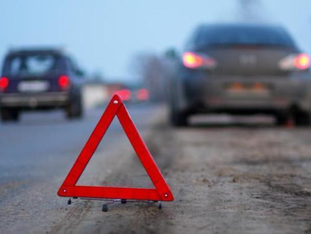 В Воронеже лихач без прав, скрываясь с места ДТП, насмерть сбил женщину