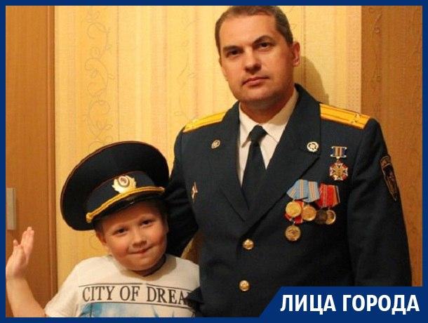 Не надо ругать молодое поколение, - подполковник и преподаватель воронежского вуза Андрей Бартенев