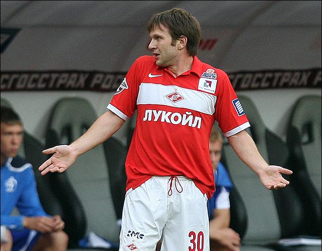 Александр Кержаков рассказал, как воронежский футболист Саенко, «кидает» людей на деньги