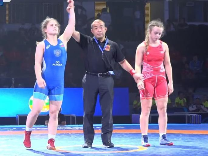 Девушка из Воронежа привезла медаль с первенства мира по борьбе