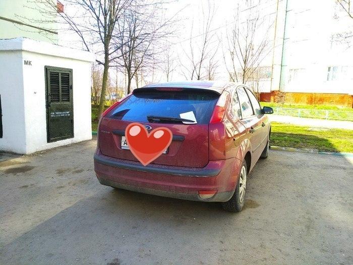 Смешную схему парковки нарисовали неумелому водителю в Воронеже