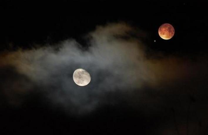 Воронежцы 14 июля смогут увидеть соединение Луны и Марса