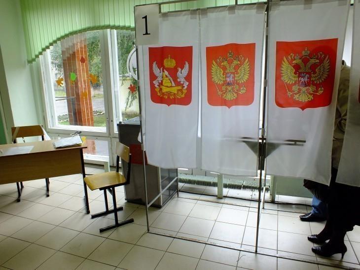 В Придонском наблюдатель из Единой России забрала урну с голосами избирателей