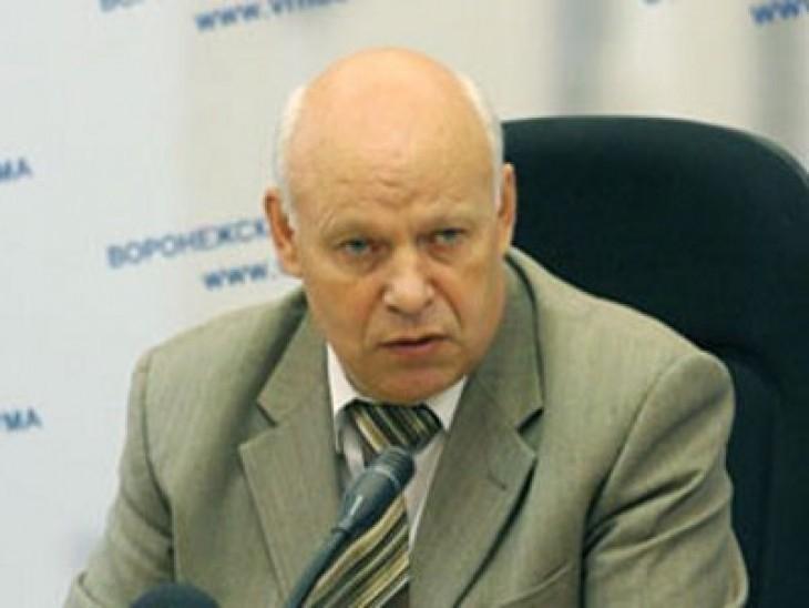 Спикер Воронежской областной Думы имеет трехкомнатную квартиру и ездит на Мерседесе за 3 млн. рублей