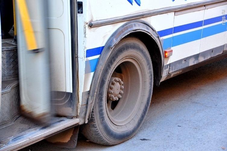 ВВоронеже школьница выпала изехавшего автобуса