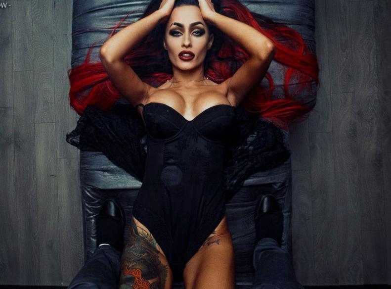 «Я получаю 8 тысяч за ночь в московском клубе», - скандальная воронежская танцовщица go-go Лиза Чайкина