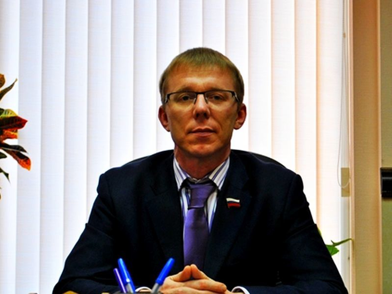 Сколько миллионов получила семья депутата Федорова, который выдает лицензии коммунальщикам
