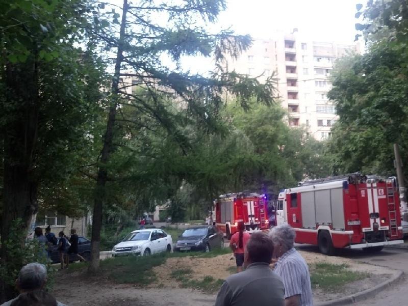 Подвал воронежского дома тушили 24 человека
