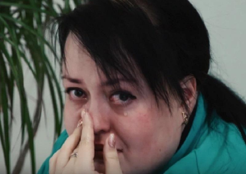 Эмилия из «Сбросить лишнее» расплакалась, узнав свой вес