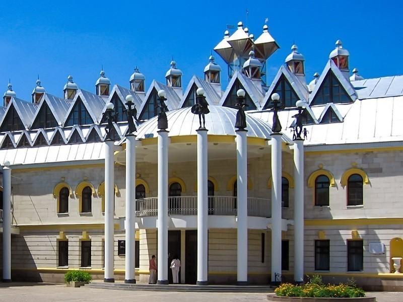 Стало известно, кто за 4 млн рублей подготовит проект ремонта театра кукол в Воронеже