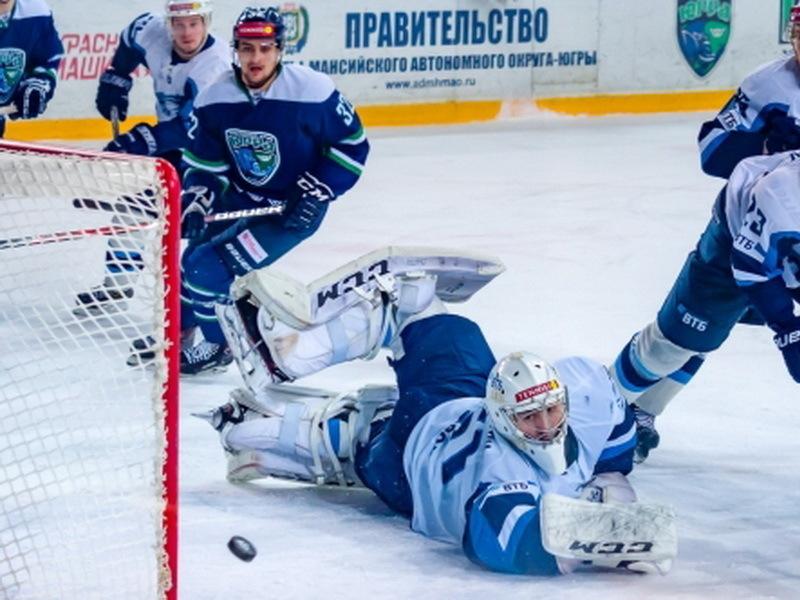 Воронежский «Буран» получил в Ханты-Мансийске свой первый «сухарь»