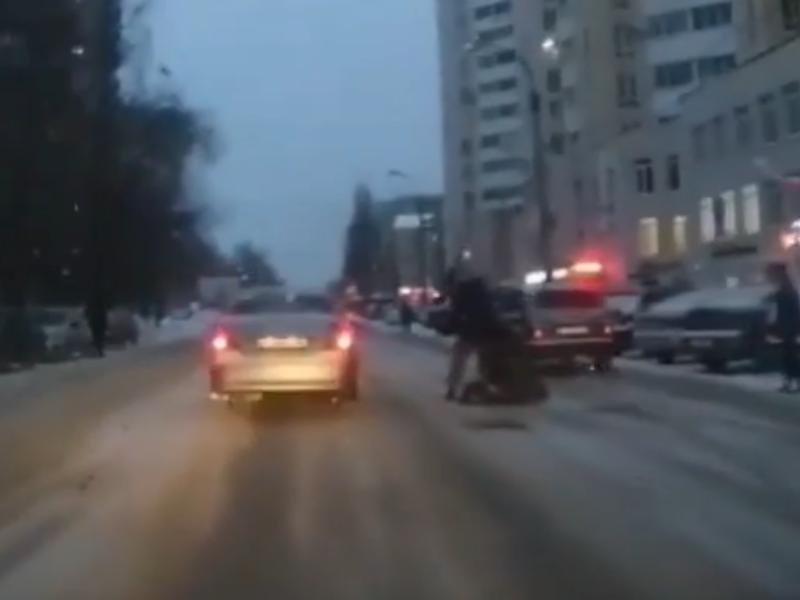 Жестокое избиение в момент задержания сняли в Воронеже