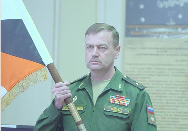 Воронежским военным представили нового командира Общевойсковой армии ЗВО