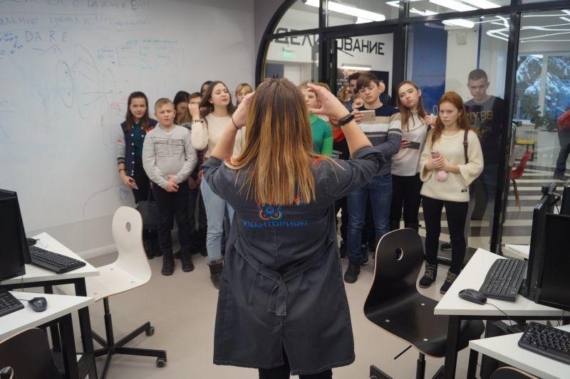 Последние чудеса техники в Воронеже показали школьникам из Прихоперья
