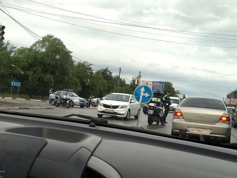 Воронежцы опоздали на работу из-за приезда федерального чиновника