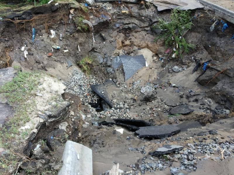 Двухметровую причину грандиозного потопа в Советском районе показали в Воронеже