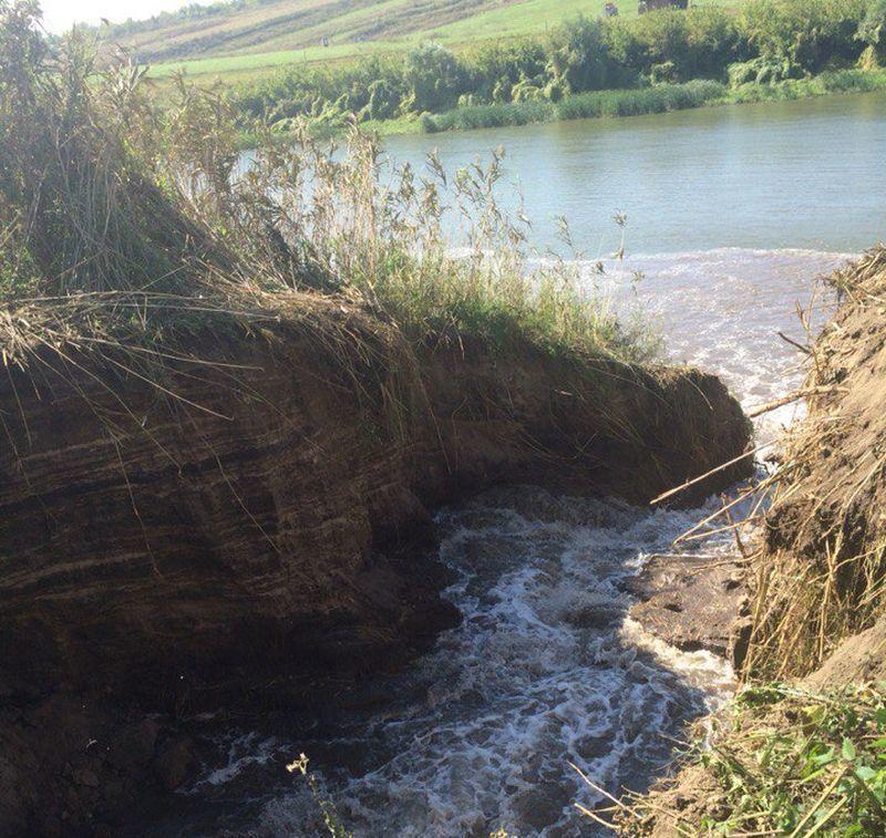 Очередной экологический беспредел — в воронежском микрорайоне Подгорное уничтожают озеро Круглое