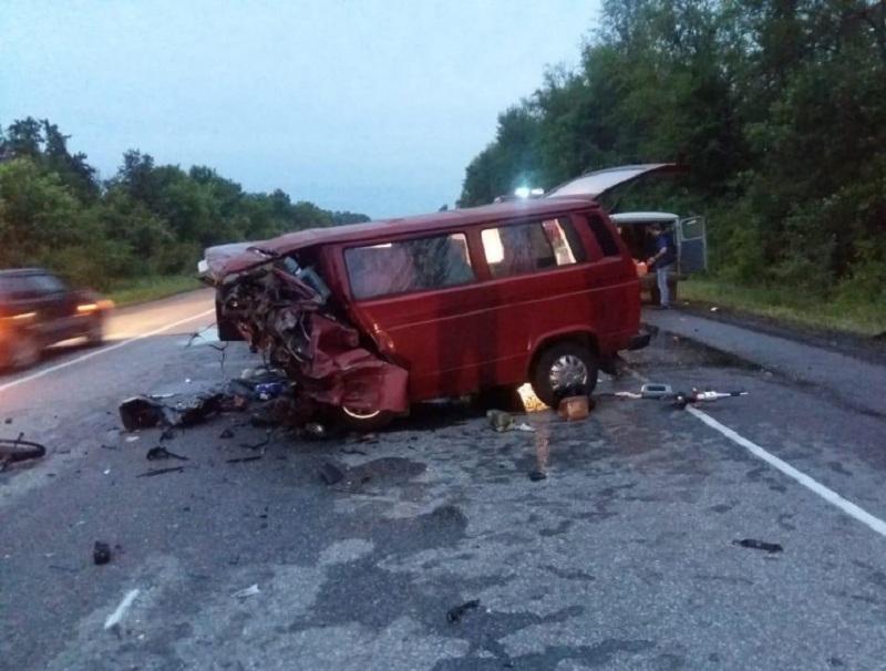 Полиция опубликовала снимки ДТП с 7 погибшими на воронежской трассе